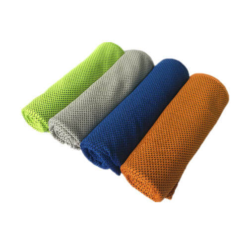 microfiber cooling towel rolling up in 4 colors